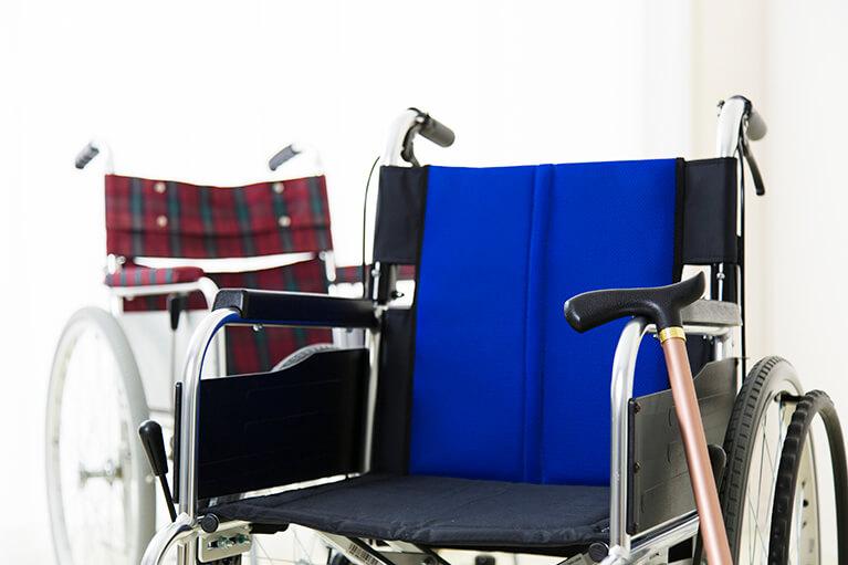 府中市の谷保駅にある西原歯科医院は訪問診療も行ないます。